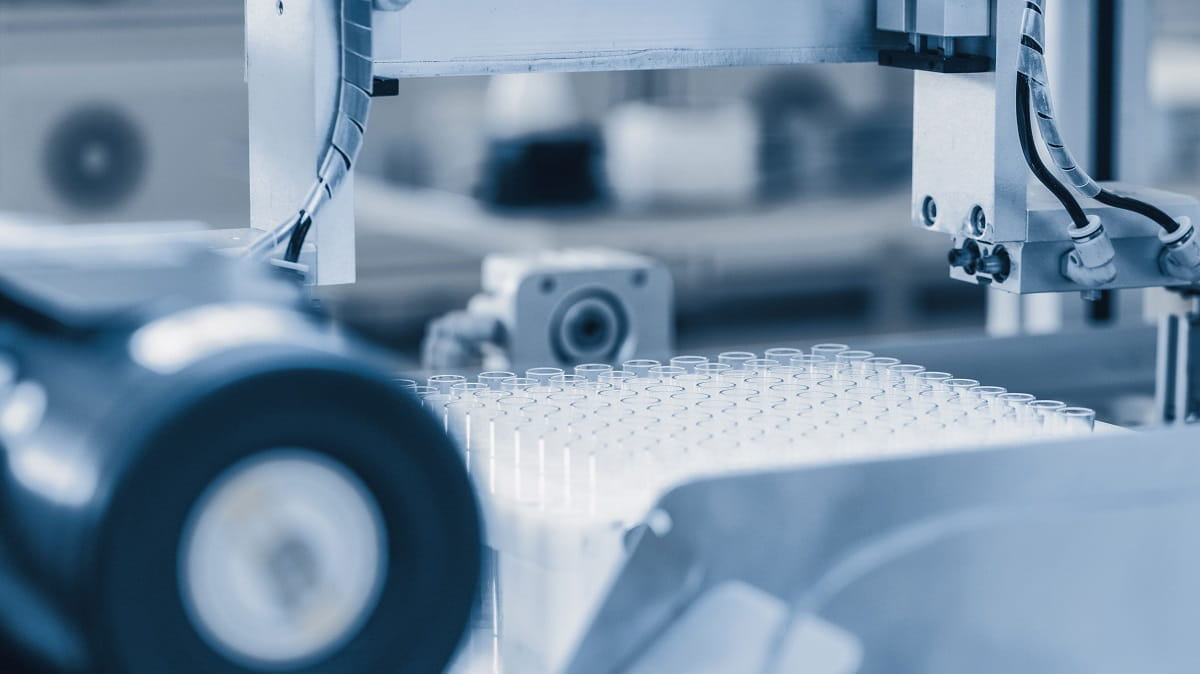 ADDRESSING CHALLENGES IN PHARMA MANUFACTURING THROUGH INDUSTRY 4.0